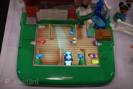 Fisher-Price Little People Apptivity case and Barnyard pictures and hands-on - photo 9