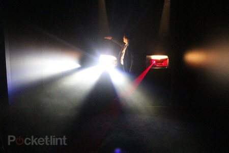 Audi invents always on full-beam lights that don't blind oncoming drivers - photo 1