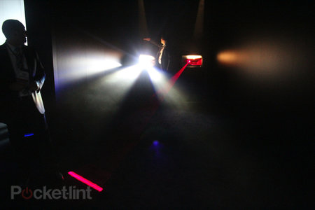Audi invents always on full-beam lights that don't blind oncoming drivers - photo 4