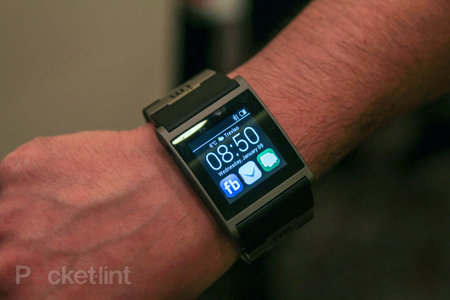 i'm Watch gets major software update, readies itself for fight with Pebble and others - photo 1
