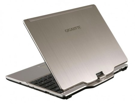 Gigabyte debuts Windows 8 tablet, 17-inch gaming laptop and more - photo 3