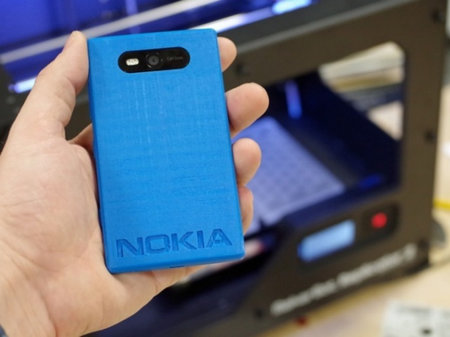 MakerBot prints Lumia 820 case using Nokia's 3D printer templates - photo 1