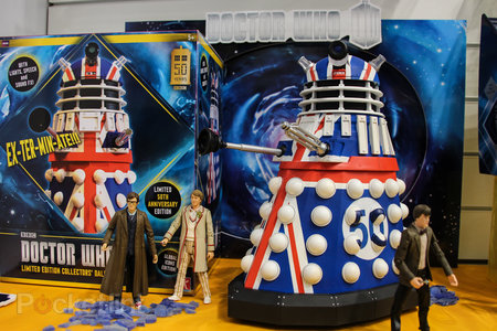 Doctor Who: Limited Collector's Edition Union Jack Dalek pictures and hands-on - photo 4