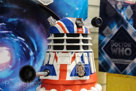 Doctor Who: Limited Collector's Edition Union Jack Dalek pictures and hands-on - photo 7