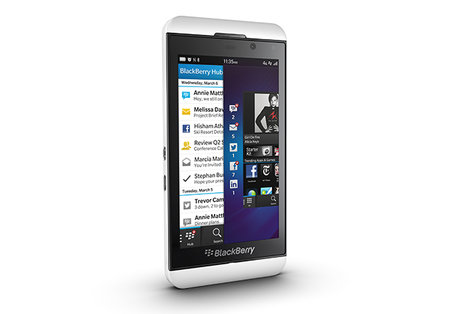 BlackBerry Z10 officially unveiled, 4.2-inch touchscreen, BB10 and 1.5GHz dual-core processor