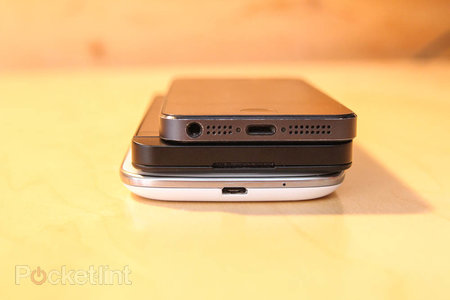 BlackBerry Z10 compared to SGS3, iPhone 5, Lumia 820 (photo) - photo 7