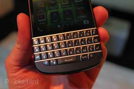BlackBerry Q10 pictures and hands-on - photo 3