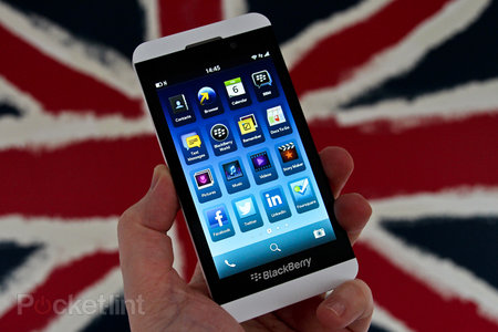 White BlackBerry Z10 pictures and hands-on