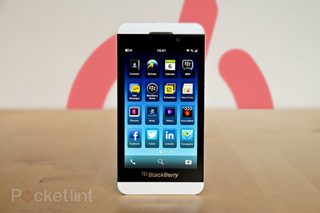 Pocket-lint Podcast #119 - BlackBerry Z10 review