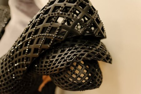 Is Dita Von Teese's 3D printed dress the sauciest use of the tech yet? - photo 4