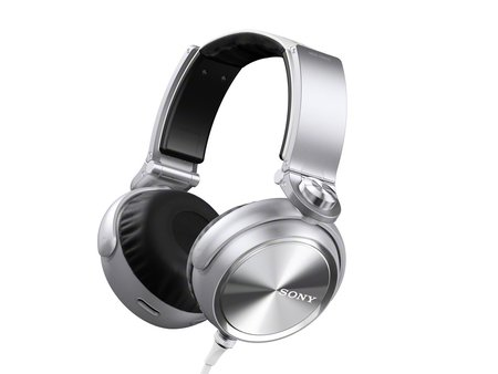 Sony aims at the Beats generation with its bass booming MDR-XB910 headphones - photo 2