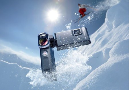 Sony unveils 20.4MP waterproof Handycam perfect for underwater selfies