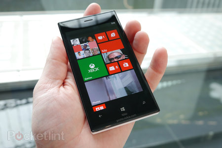 Nokia Lumia 928 pictures and hands-on - photo 1