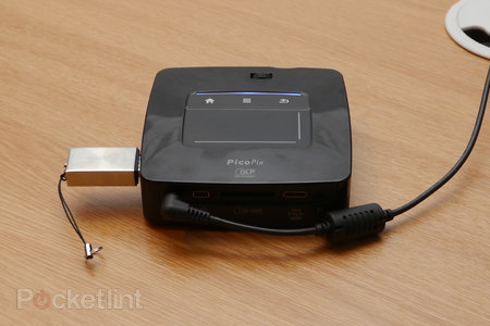 Philips PicoPix PPX 3610 projector lets you ditch the PC, runs Android - photo 2
