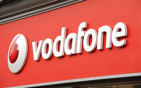 Vodafone delays 4G launch in UK until 'end of summer'