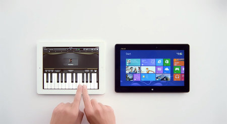 Windows 8 tablet ad pokes fun at Siri on the iPad