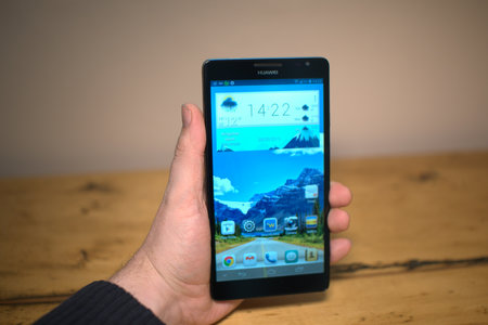 Huawei Ascend Mate review - photo 5