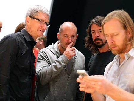 Tim Cook at D11: Jony Ive is 'really key' to iOS 7 redesign
