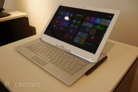 Sony Vaio Duo 13 pictures and hands-on