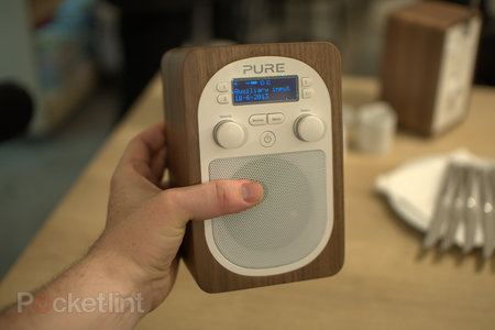 Pure Evoke D2 pictures and hands-on
