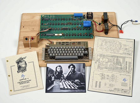 Mint condition Apple 1 sells at Christie's auction for £216,000