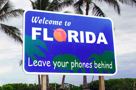 Florida has accidentally banned smartphones, tablets and PCs, claims lawsuit