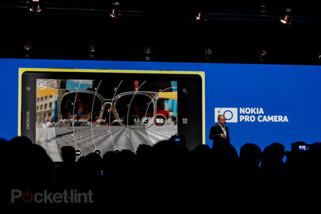 Nokia Pro Camera: DSLR controls in a smartphone