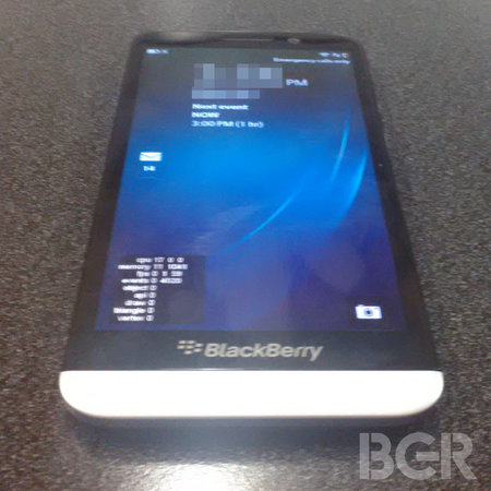 Leaked images give first look at high-spec BlackBerry A10 - photo 1