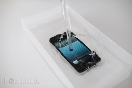 Waterproof your iPhone or Samsung Galaxy S - photo 1