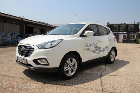 Driving the Hyundai ix35 Fuel Cell: The world's first production hydrogen fuel cell car - photo 4