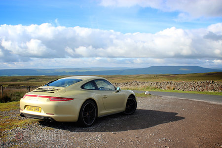 Porsche 911 Carrera 4S review - photo 3