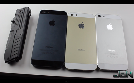 Apple's gold iPhone 5S gets abused in scratch-test video