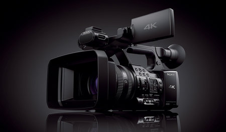 Sony Handycam FDR-AX1 shoots 4K video for $4.5K, lands in October - photo 1