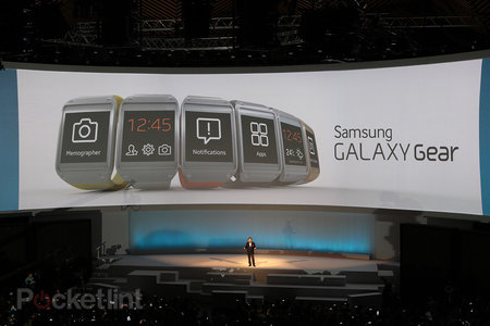 Galaxy Gear is launching with 12 featured apps, including eBay, MyFitnessPal and more