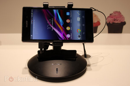 Sony Smart Imaging Stand IPT-DS10M pictures and hands on - photo 1
