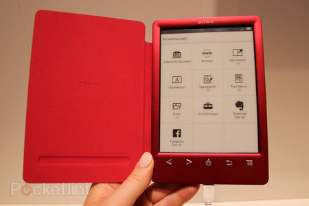 Sony Reader PRS-T3 pictures and hands on