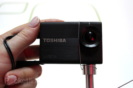 Toshiba Camileo X-Sports hands-on: Challenging GoPro