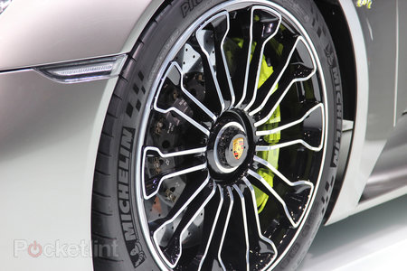 Porsche 918 Spyder pictures and hands-on - photo 3