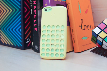New iPhone 5C holey cases could spark fear in humans