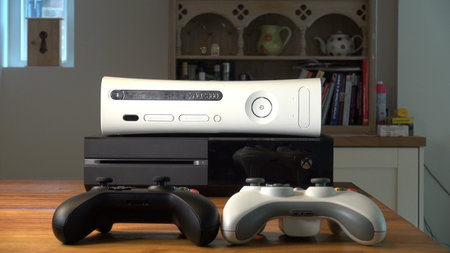 Xbox One hands-on video: 360 vs The One