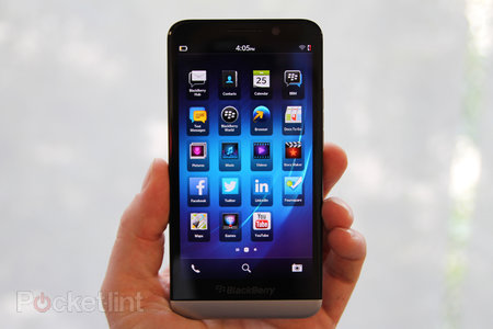 BlackBerry Z30 pictures and hands-on