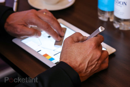 Adobe Project Mighty and Project Napoleon: Hands-on with the smart pen and ruler for iPad - photo 1