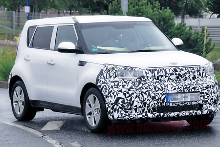 Kia Motors' first all-electric Soul EV car announced for 2014