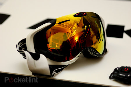 Oakley Airwave 1.5 goggles deliver heads-up display for the slopes