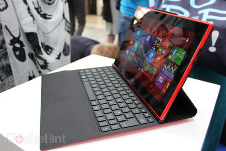 Hands-on: Nokia Lumia 2520 tablet review - photo 1