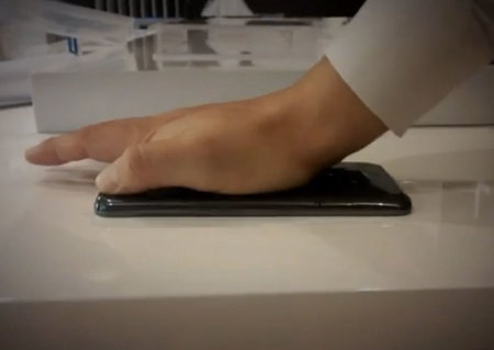 LG G Flex is truly flexible: Gets flattened in video and still works - could be coming to UK soon