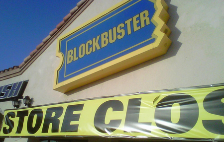 Blockbuster US to close remaining retail stores and DVD mail operation