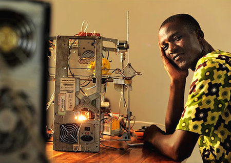 $100 3D printer made from e-waste by African inventor