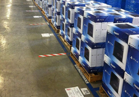 PS4 arrives in Amazon warehouses, only one week to go before launch