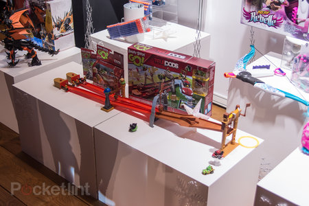 Angry Birds Go! Telepods now available in playsets: Race before the game is out